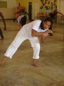 """ensaios de """"As Orações de Mansata"""" em São Tomé e Príncipe - aulas de capoeira (foto: Sofia Lobo)"""