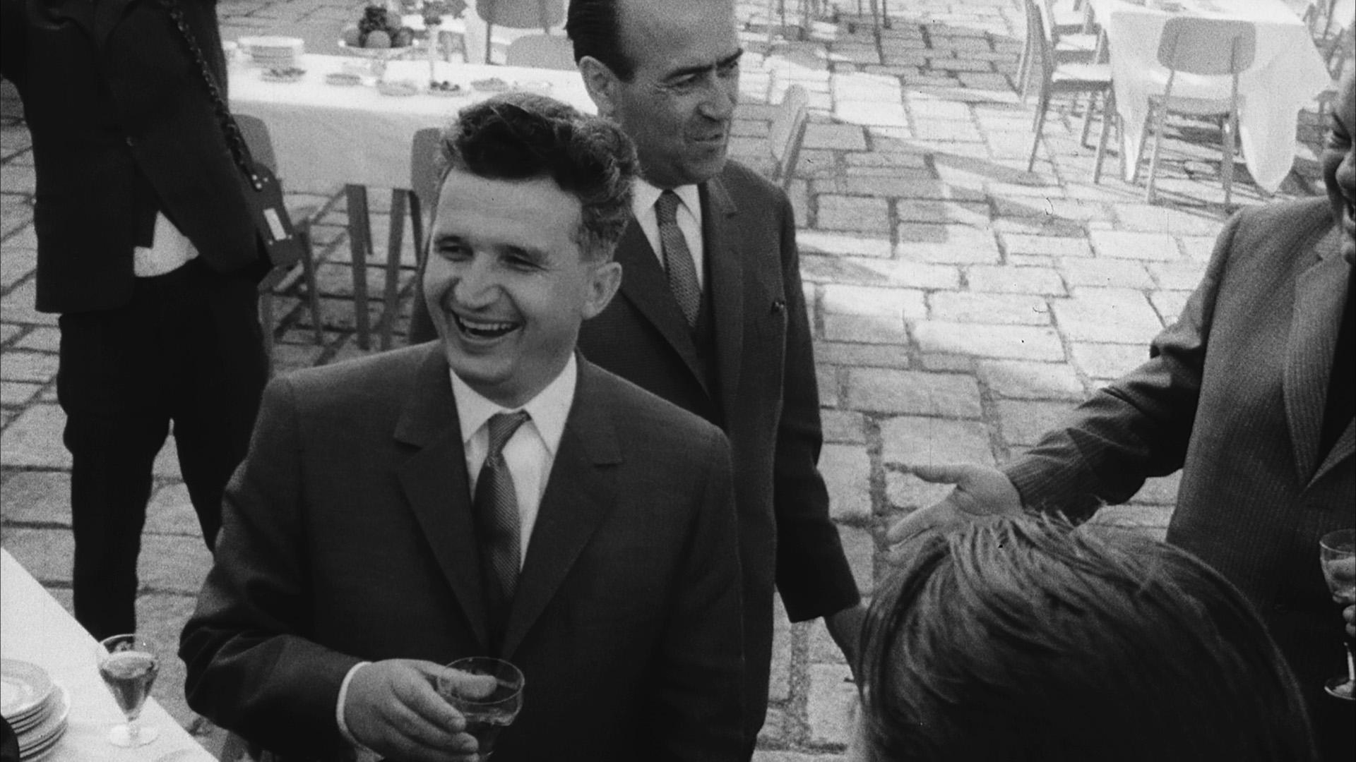 Autobiografia-lui-Nicolae-Ceausescu02