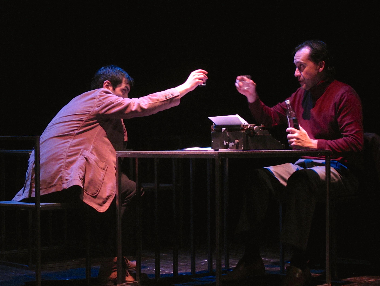 """Igor Lebreaud e Jorge Loureiro, """"Da sensação de elasticidade quando se marcha sobre cadáveres"""" (©A Escola da Noite/2014)"""