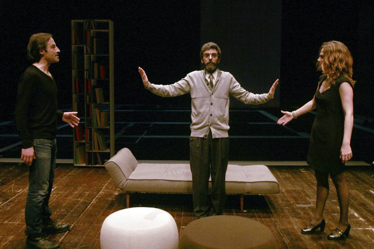 """Mário Montenegro, Filipe Eusébio e Joana Macias, """"Ego"""" (foto de ensaio de Francisca Moreira)"""