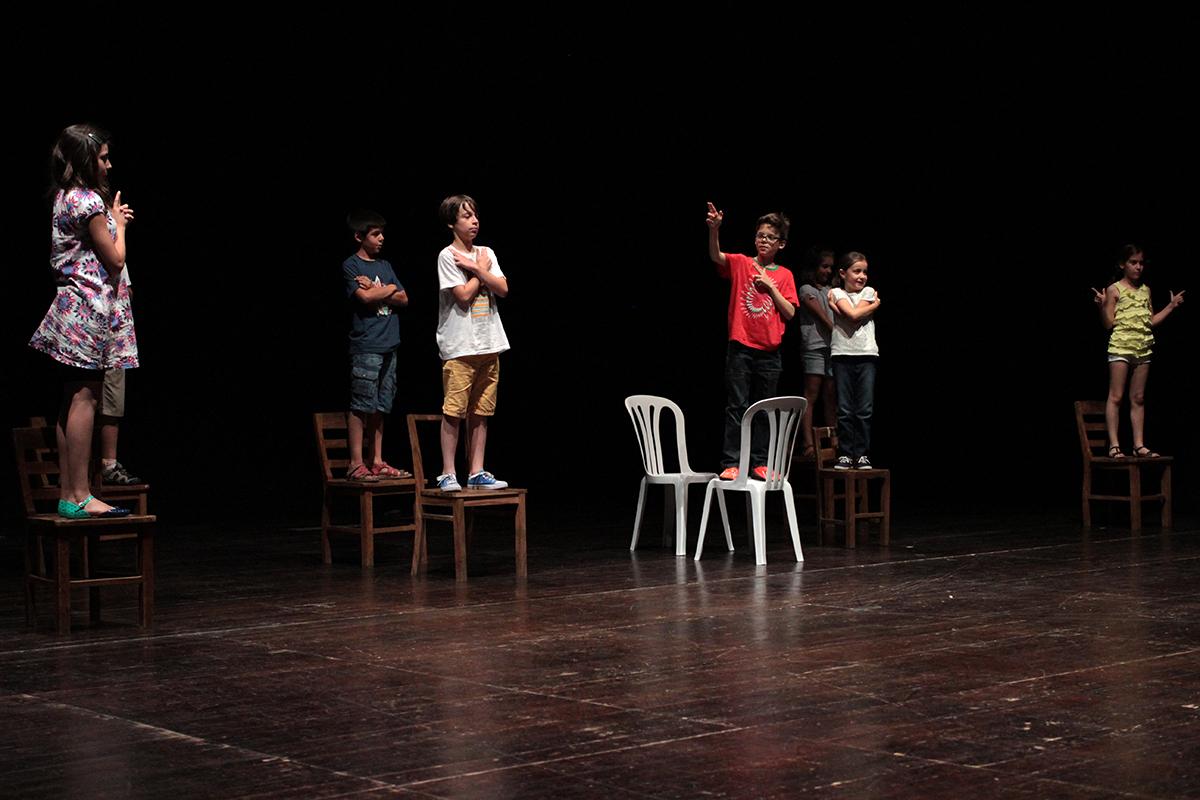 Workshop de teatro dirigido por Ricardo Kalash no TCSB em Julho de 2014 (org. APBC; foto: Eduardo Pinto)