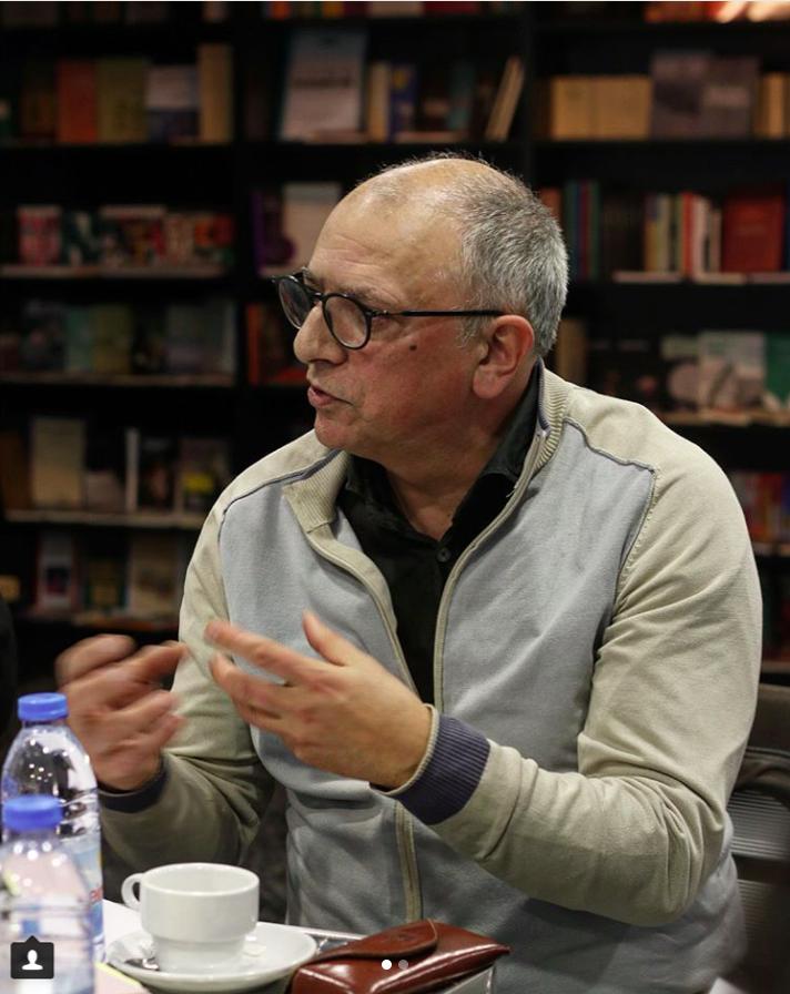 """Abel Neves na primeira sessão preparatória do """"Clube de Leitura Teatral"""" de Janeiro (foto: Cláudia Morais / TAGV)"""