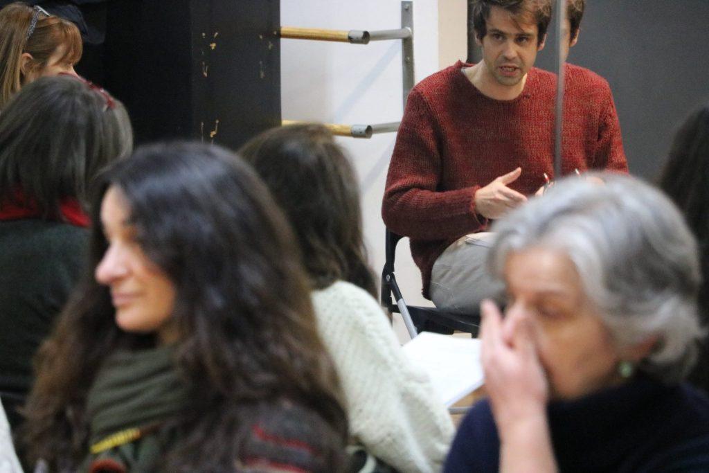 Sessão preparatória do Clube de Leitura Teatral, com José Maria Vieira Mendes (foto: Nuno Rato / TAGV)